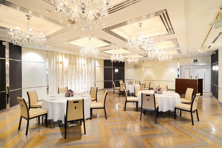 名古屋クレストンホテル宴会場「パレット」の正餐スタイル一例