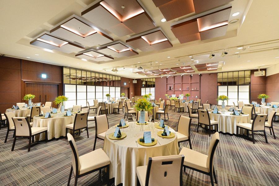 名古屋クレストンホテル宴会場「ザ・バンケット」のパーティーなど正餐形式