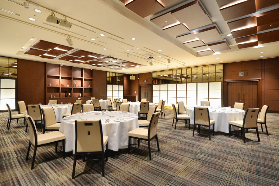 名古屋クレストンホテル宴会場「ザ・バンケット」の会食など正餐形式