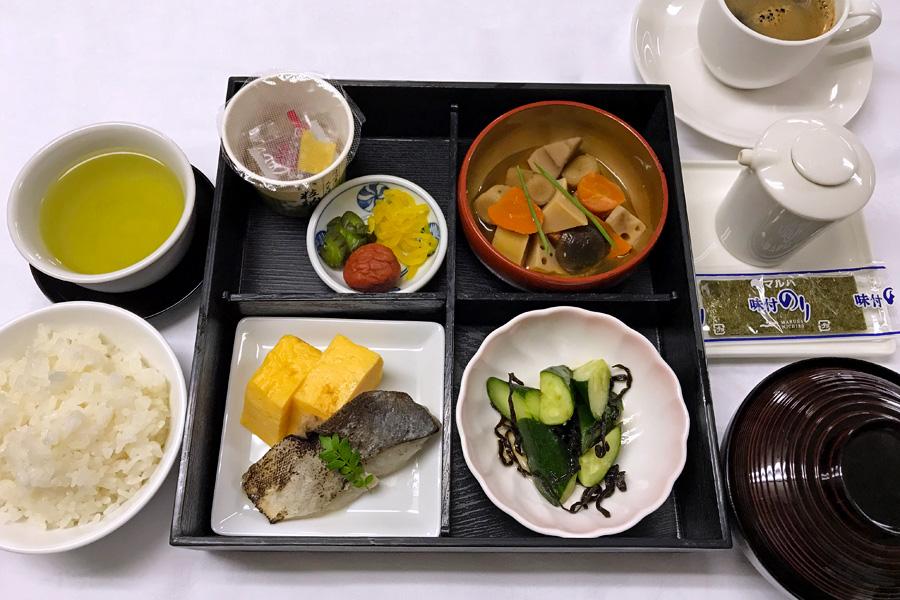 名古屋クレストンホテルの朝食「和定食」