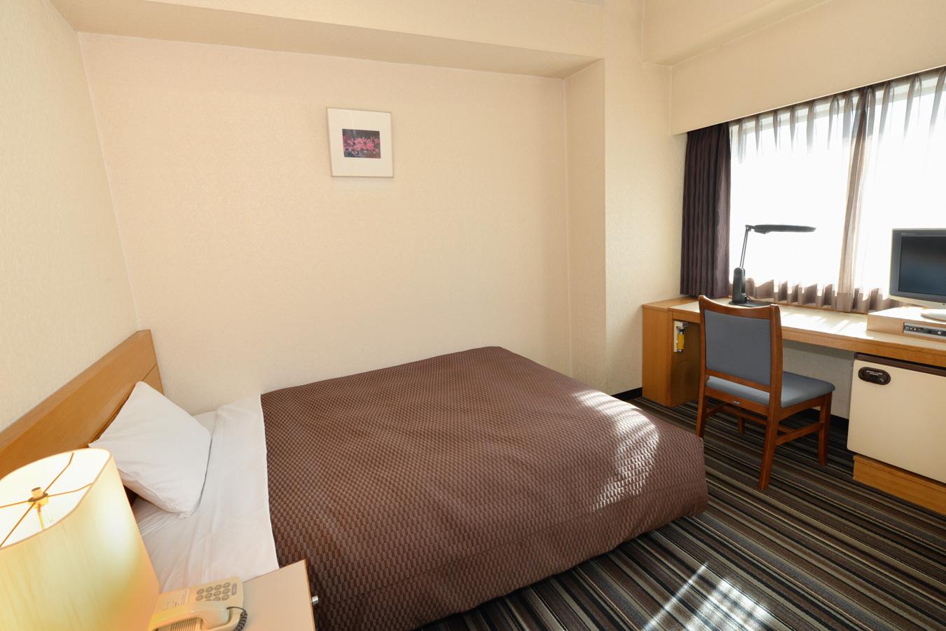 名古屋クレストンホテルの客室 デラックスシングルルーム